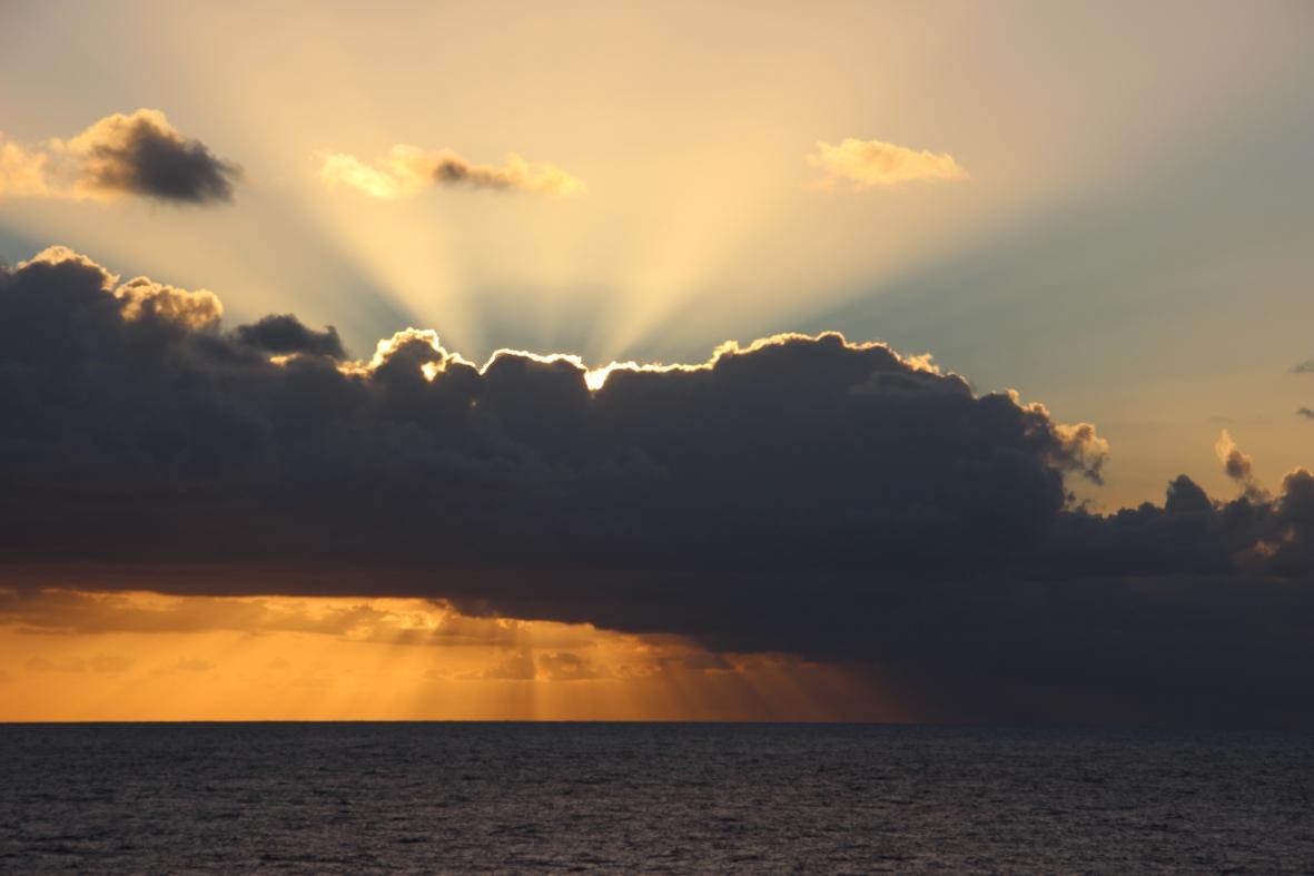 2012-10-01-hiding-sun